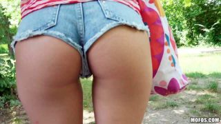 Hungarian Hottie Pounded Outdoors